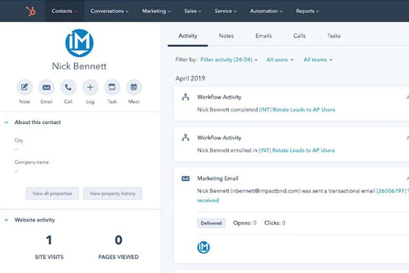 CRM klientų valdymo programa angl. Customer Relationship Management HubSpot